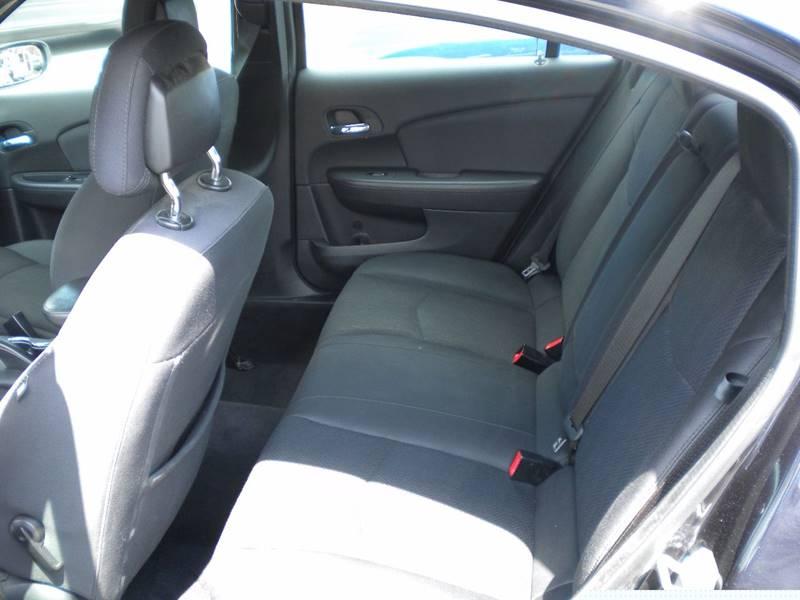 2012 Chrysler 200 Touring 4dr Sedan - Waynesboro VA