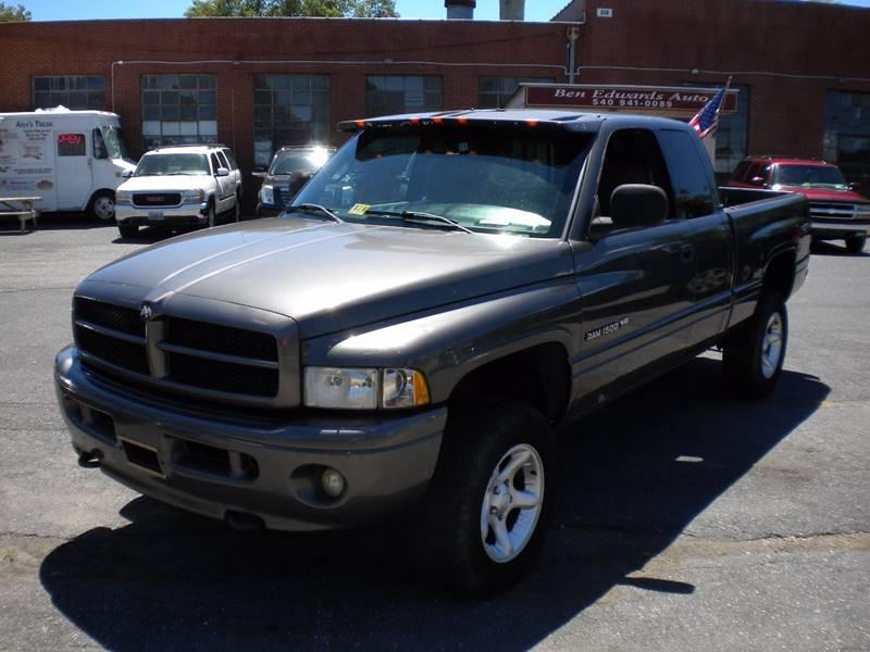 2001 Dodge Ram Pickup 1500 4dr Quad Cab SLT 4WD SB - Waynesboro VA