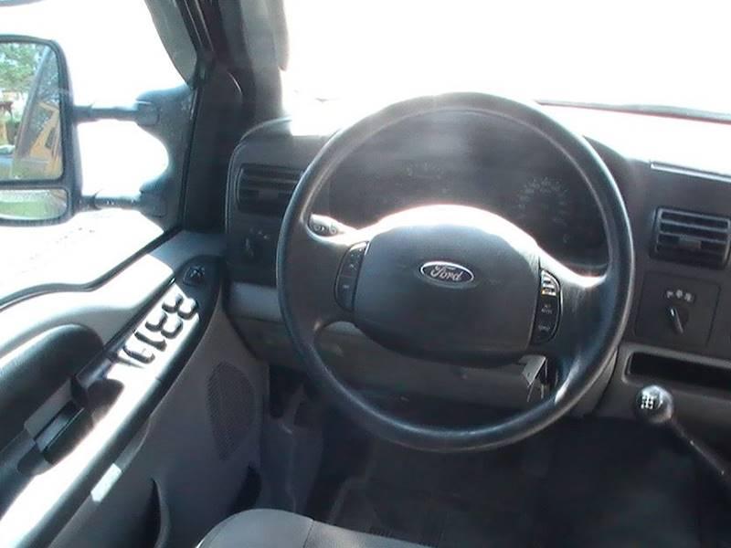 2005 Ford F-250 Super Duty 4dr Crew Cab XLT 4WD LB - Bonner Springs KS