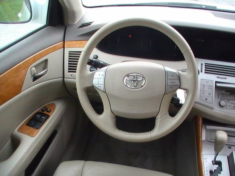 2006 Toyota Avalon XLS 4dr Sedan - Bonner Springs KS
