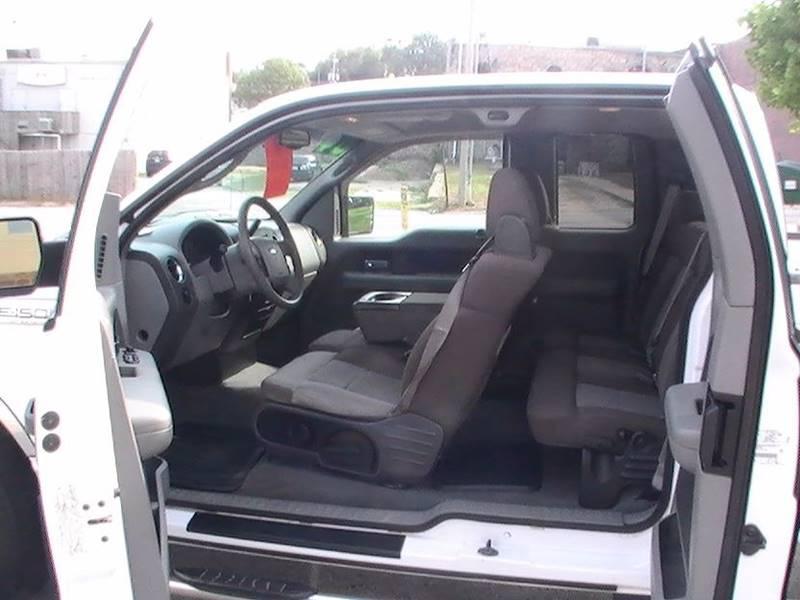 2004 Ford F-150 4dr SuperCab XLT 4WD Styleside 8 ft. LB - Bonner Springs KS
