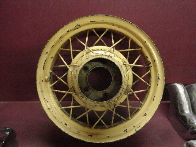 "1933 1934 Ford 17"" Wire Wheel (A07-A24)  - Penrose CO"