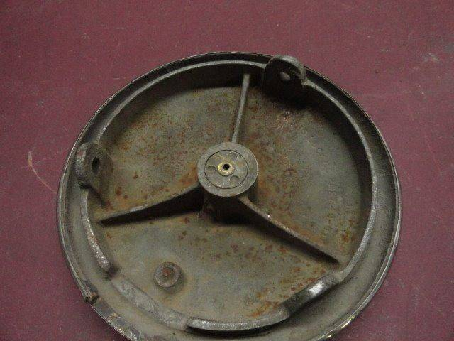 1932 Ford Spare Tire Locking Hub (A1-C3)  - Penrose CO