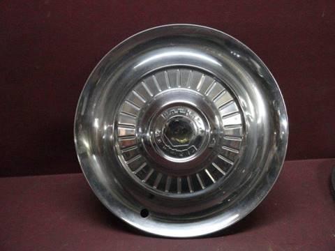 """1954 Packard Clipper 15"""" Hub Cap (Loc. U-B21) for sale in Penrose, CO"""