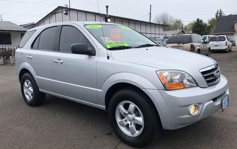 2007 Kia Sorento for sale at Freeborn Motors in Lafayette, OR