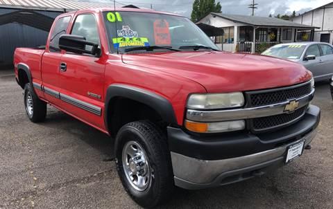 2001 Chevrolet Silverado 2500HD for sale at Freeborn Motors in Lafayette, OR