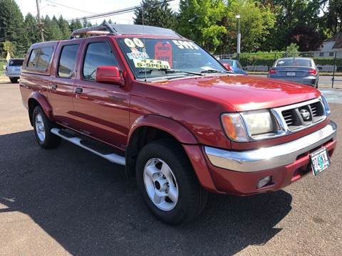 2000 Nissan Frontier for sale at Freeborn Motors in Lafayette, OR