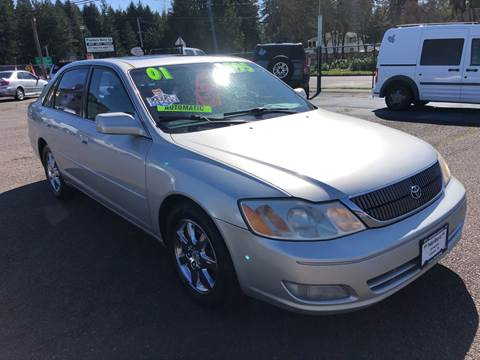 2001 Toyota Avalon for sale at Freeborn Motors in Lafayette, OR