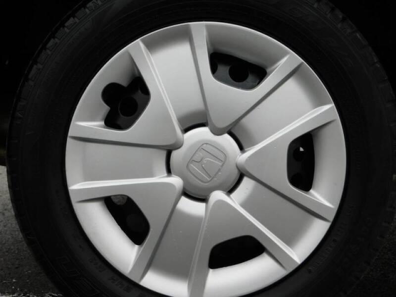 2013 Honda Fit (image 9)