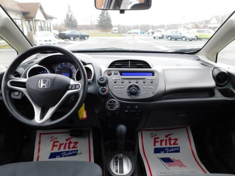 2013 Honda Fit (image 12)