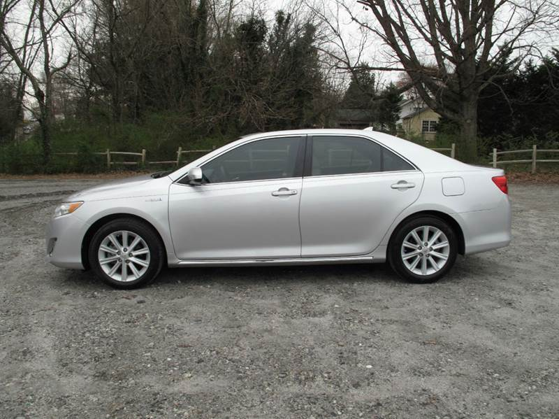 2012 Toyota Camry Hybrid for sale at Mater's Motors in Stanley NC