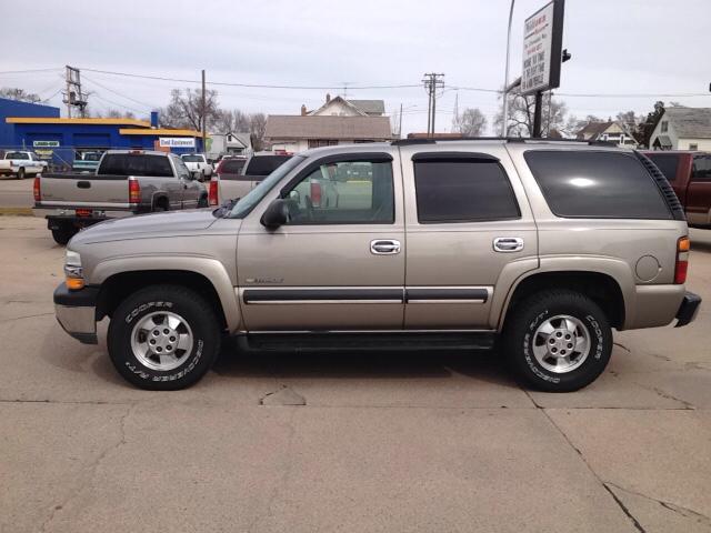 2003 Chevrolet Tahoe for sale at Midtown Motors in North Platte NE