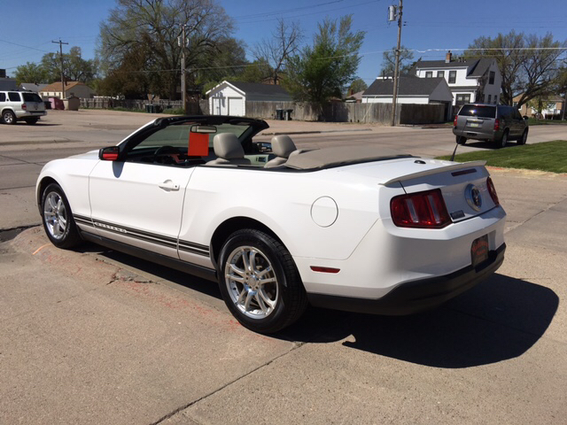 2010 Ford Mustang V6 Premium 2dr Convertible - North Platte NE