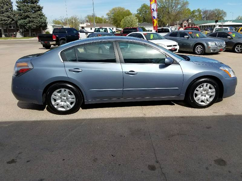2010 Nissan Altima 2.5 S 4dr Sedan - North Platte NE