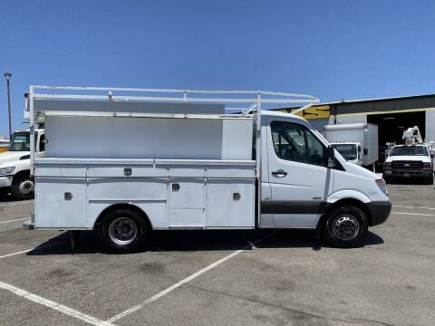 2011 Mercedes-Benz Sprinter Cab Chassis