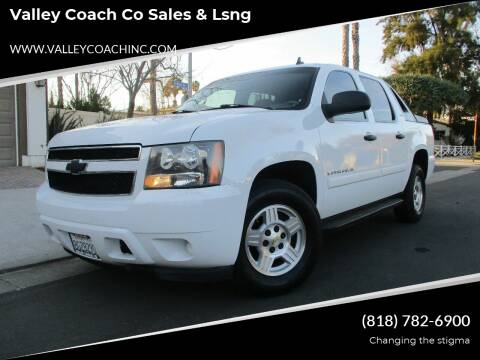 2007 Chevrolet Avalanche for sale at Valley Coach Co Sales & Lsng in Van Nuys CA