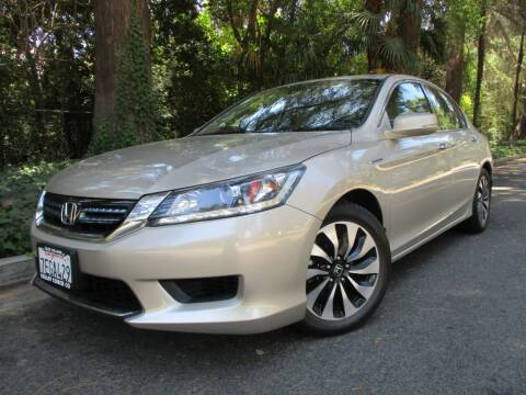 2014 Honda Accord Hybrid for sale at Valley Coach Co Sales & Lsng in Van Nuys CA