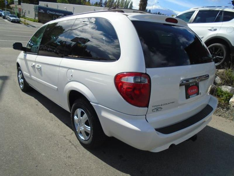 2007 Chrysler Town and Country LX 4dr Extended Mini-Van - Seattle WA