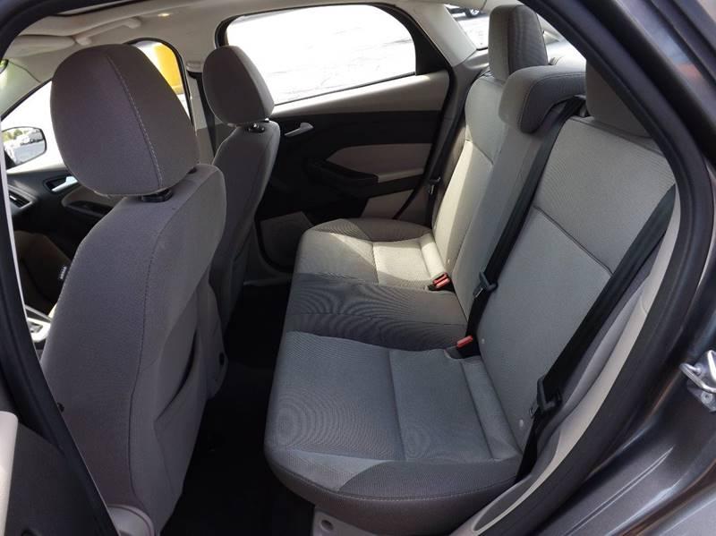 2014 Ford Focus SE 4dr Sedan - Kenton OH