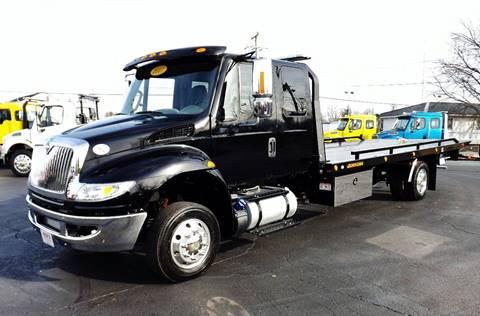 2017 International 4300 Ext. Cab