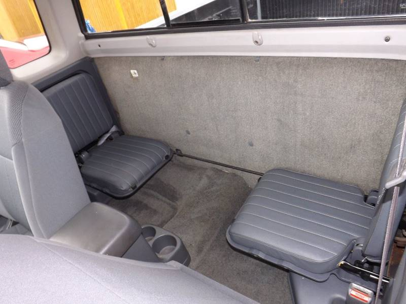 2001 Nissan Frontier 2dr XE King Cab SB 2WD - Kenton OH