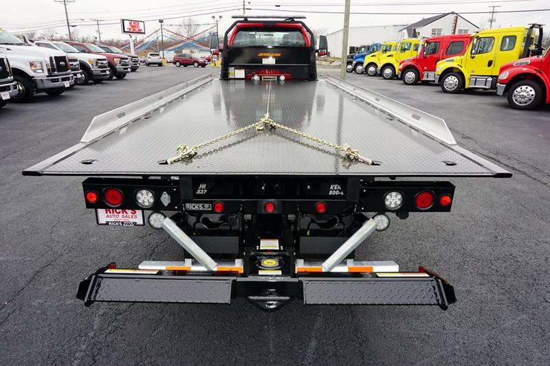 2017 Ford F-650 S/Cab Rollback Wrecker Flatbed - Kenton OH
