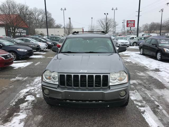 2007 Jeep Grand Cherokee Laredo photo