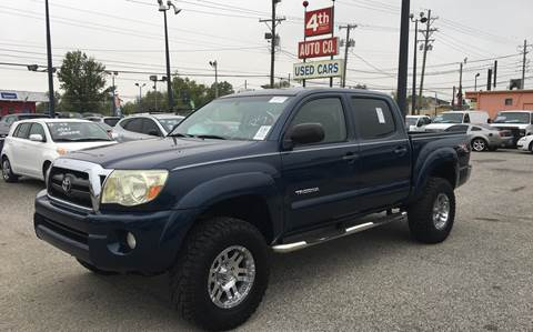 2006 Toyota Tacoma for sale at 4th Street Auto in Louisville KY
