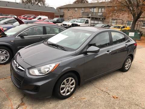 2013 Hyundai Accent for sale at 4th Street Auto in Louisville KY