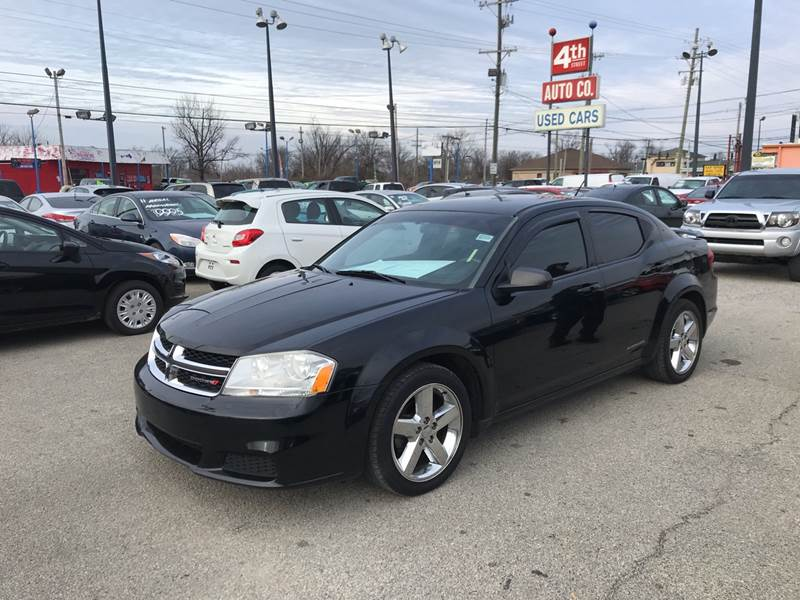 2014 Dodge Avenger SE photo