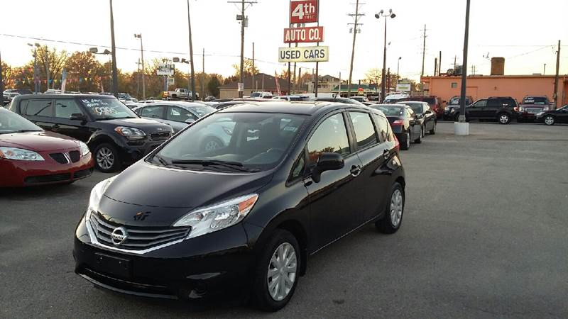 The 2014 Nissan Versa Note S photos