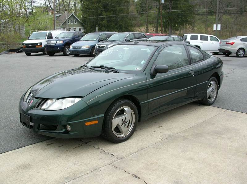 2004 Pontiac Sunfire for sale at Lee Miller Used Cars & Trucks Inc. in Germansville PA