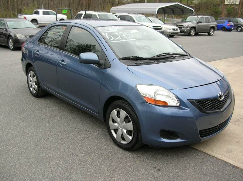 2009 Toyota Yaris for sale at Lee Miller Used Cars & Trucks inc. in Germansville PA