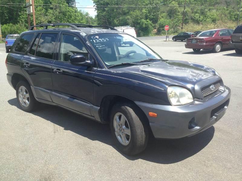 2004 Hyundai Santa Fe for sale at Lee Miller Used Cars & Trucks inc. in Germansville PA