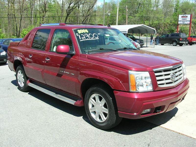 2006 Cadillac Escalade EXT for sale at Lee Miller Used Cars & Trucks Inc. in Germansville PA