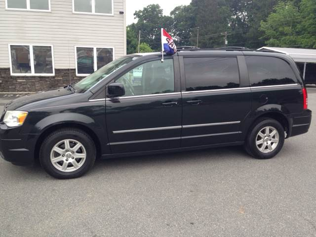 2010 Chrysler Town and Country for sale at Lee Miller Used Cars & Trucks Inc. in Germansville PA