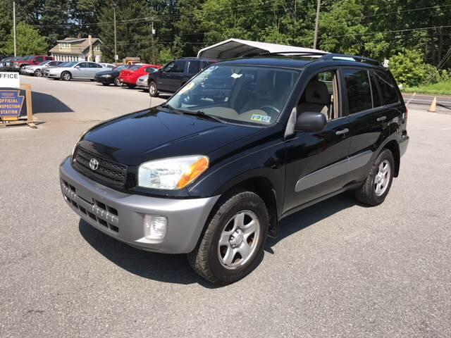 2003 Toyota RAV4 for sale at Lee Miller Used Cars & Trucks Inc. in Germansville PA