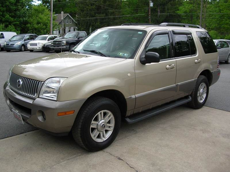 2003 Mercury Mountaineer for sale at Lee Miller Used Cars & Trucks inc. in Germansville PA