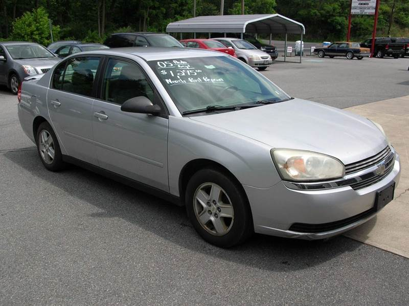 2005 Chevrolet Malibu for sale at Lee Miller Used Cars & Trucks inc. in Germansville PA