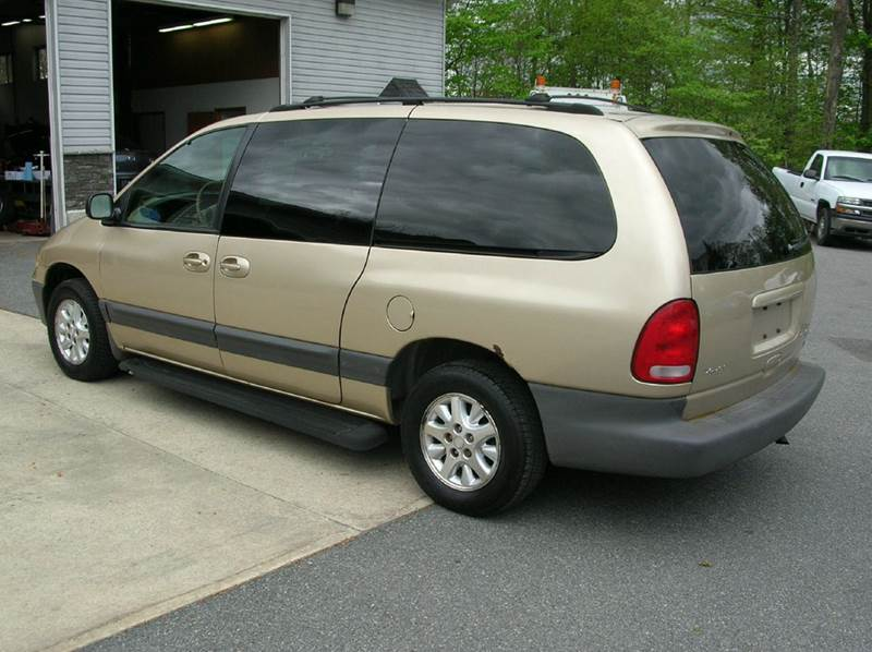 1999 Dodge Grand Caravan for sale at Lee Miller Used Cars & Trucks Inc. in Germansville PA