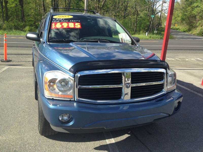 2005 Dodge Durango for sale at Lee Miller Used Cars & Trucks Inc. in Germansville PA