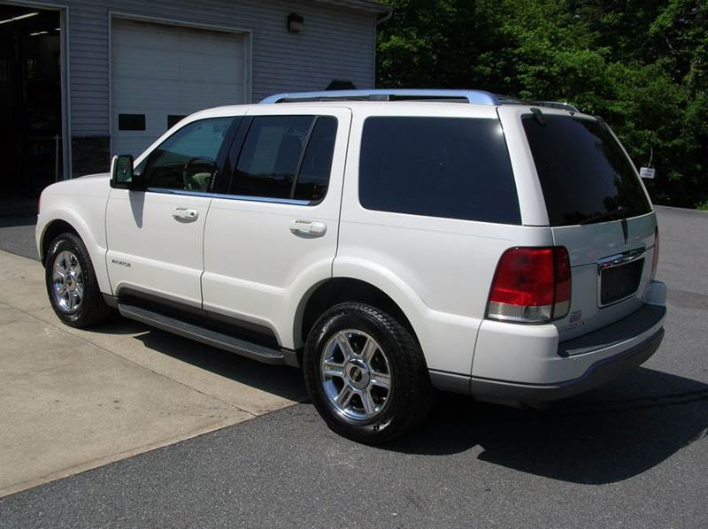 2004 Lincoln Aviator for sale at Lee Miller Used Cars & Trucks inc. in Germansville PA