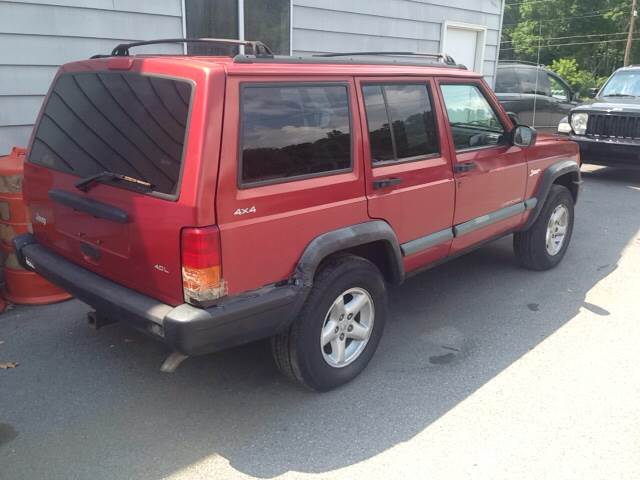 1998 Jeep Cherokee for sale at Lee Miller Used Cars & Trucks Inc. in Germansville PA