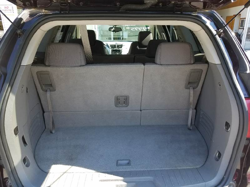 2009 Chevrolet Traverse for sale at Lee Miller Used Cars & Trucks Inc. in Germansville PA