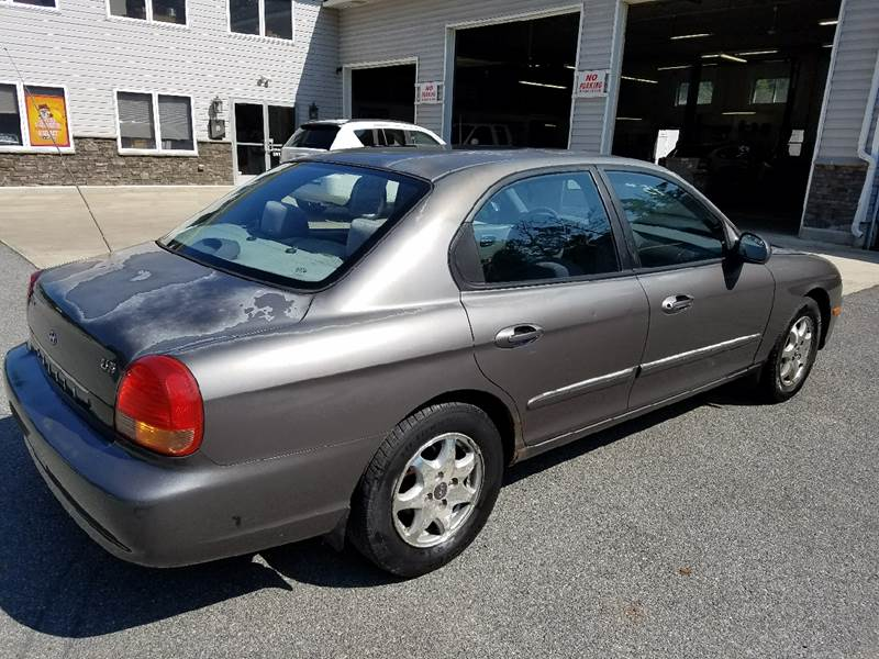 2000 Hyundai Sonata for sale at Lee Miller Used Cars & Trucks Inc. in Germansville PA