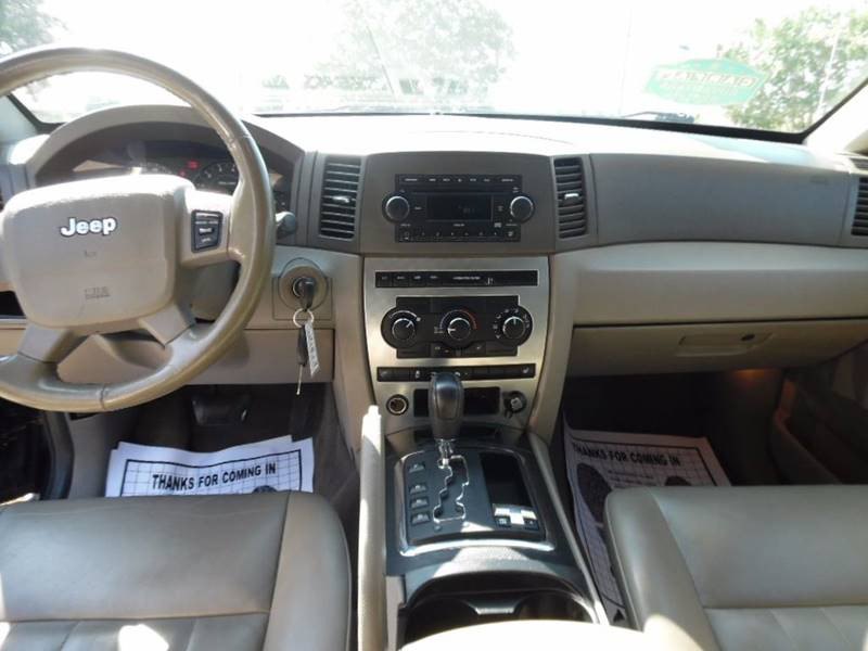 2006 Jeep Grand Cherokee Laredo 4dr SUV 4WD w/ Front Side Airbags - Charlotte NC