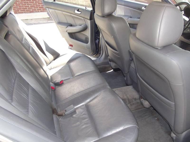 2005 Honda Accord EX V-6 4dr Sedan - Little Rock AR