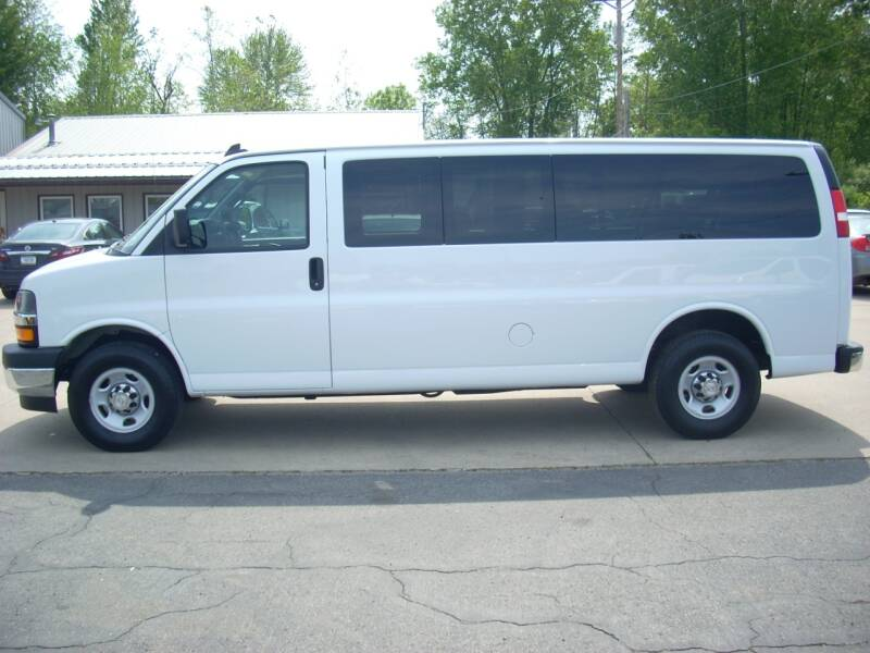 2018 Chevrolet Express Passenger for sale at H&L MOTORS, LLC in Warsaw IN