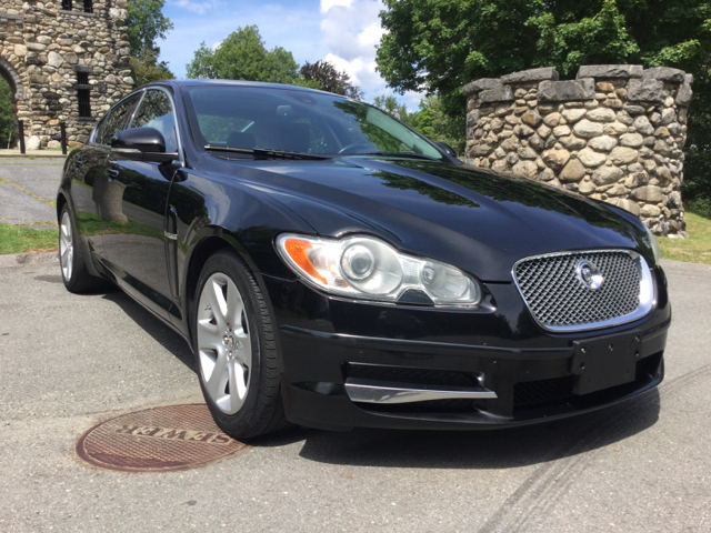 2010 Jaguar XF for sale at Olsi Auto Sales in Worcester MA