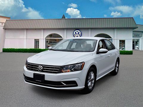 2018 Volkswagen Passat for sale in Massapequa, NY